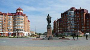 Купить диплом в Астрахане Они владеют теорией знают работу но всем нужен диплом Поступить в астраханский ВУЗ сейчас намного сложнее